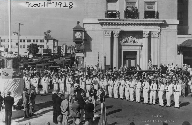 Fig. 5  Dedication of Sarasota War Memorial, Armistice Day, 1928.